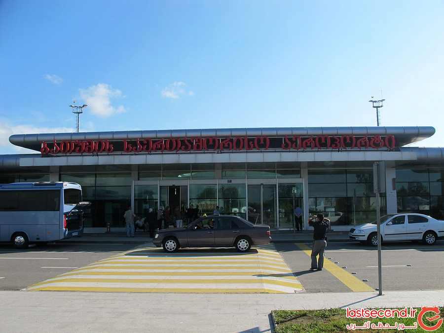 فرودگاه بین المللی باتومی