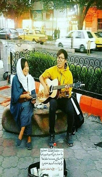 زوج گردشگر هنگ کنگی در تبریز