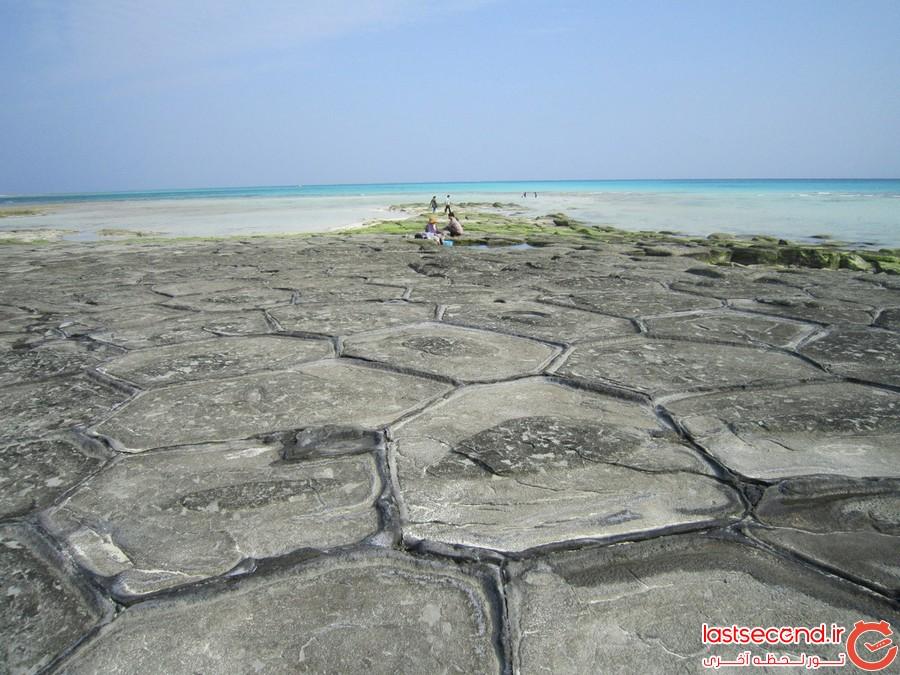 تاتامی ایشی، پدیده ای عجیب در سواحل اوکیناوا