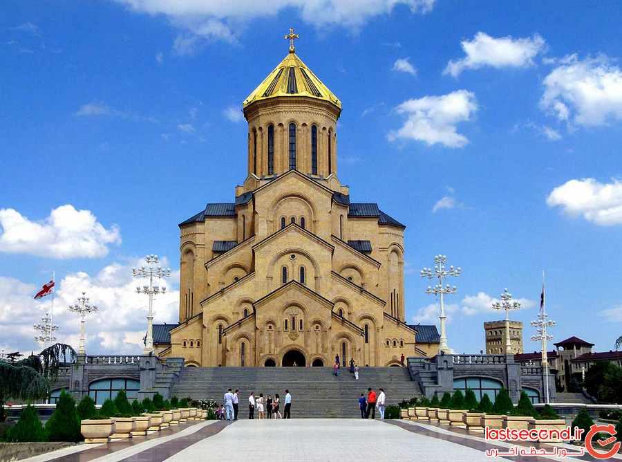 کلیسای  Tsminda Sameba Cathedral
