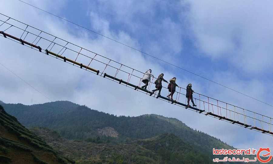 پلی عجیب و ترسناک در چین  