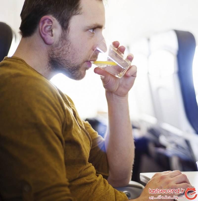 2 نکاتی برای پیشگیری از سردرد در پرواز