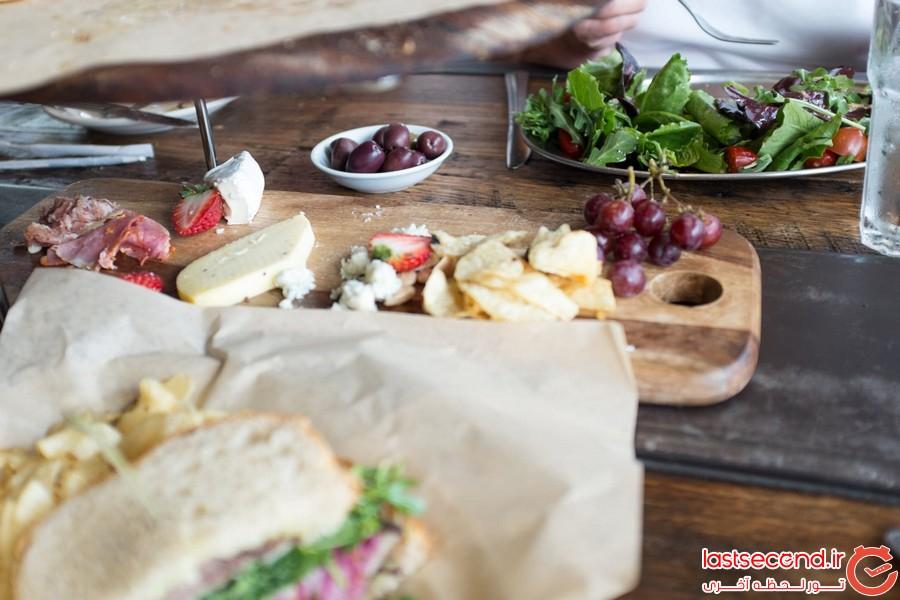 چگونه در سفر مانند محلی ها غذا بخوریم؟