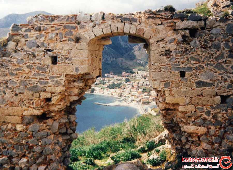 شهرکوچک مخفی و رویایی یونان       