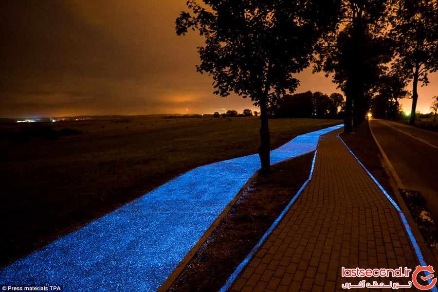 این مسیر دوچرخه سواری در شب می درخشد               