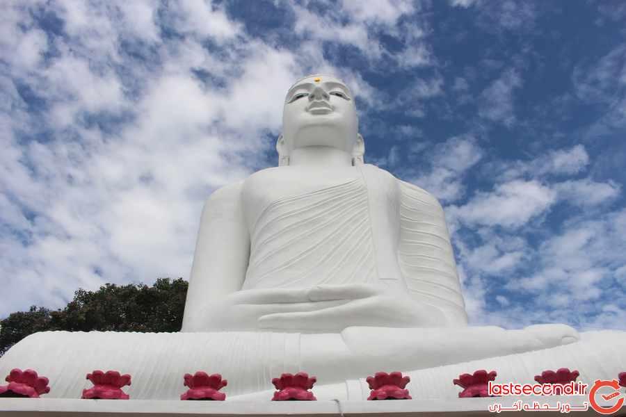 مجسمه بودا