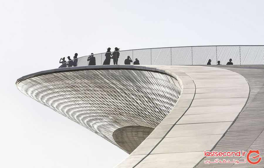 بلومبرگ ایران را برای سفر در سال 2017 پیشنهاد می کند 