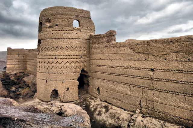 گردشگری در قلعه دزدها