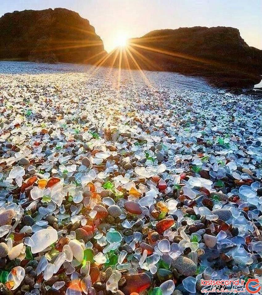 ساحل زیبای شیشیه ای در شمال کالیفرنیا