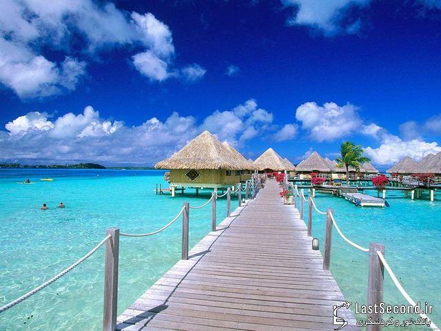بر بال های جزیره بالی
