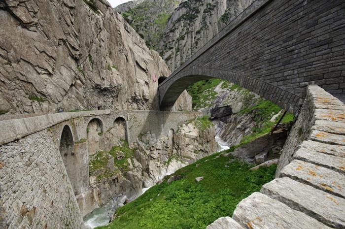 بازدیدی از پل شیطان در سوئیس