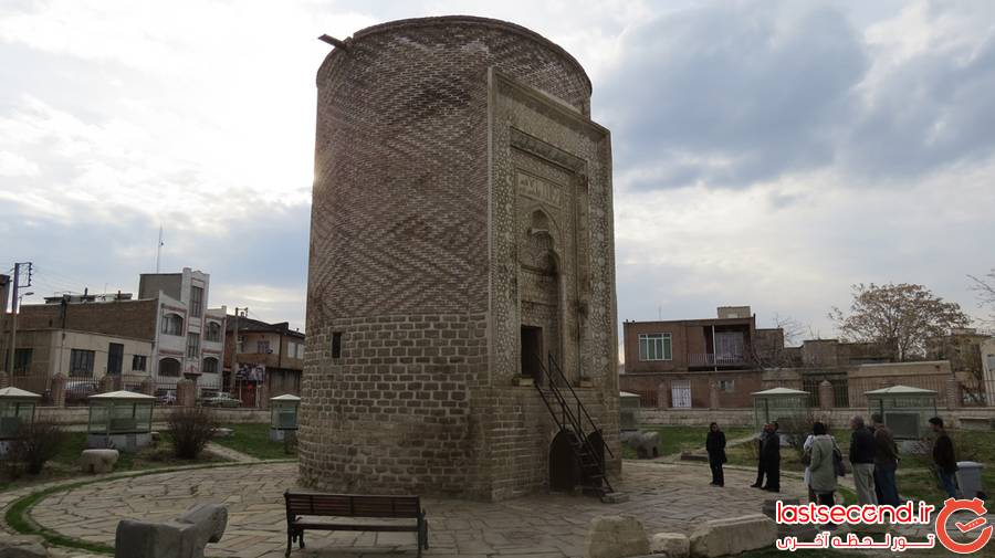 سفر به ارومیه، پاریس ایران